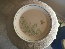 Lenox Fancy Free dinner plate 8 available - $10.00