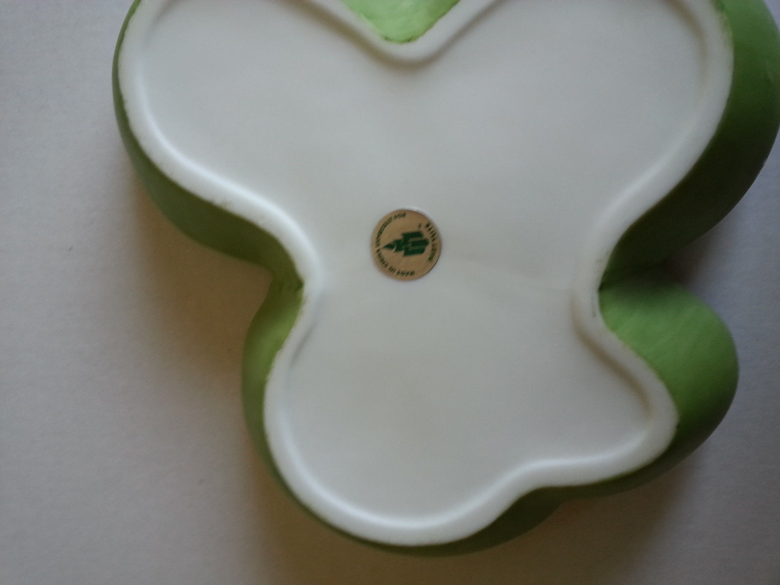 Pond Lily Pad Three Tealight Candle Holder With Frog & Flowers Partylite P7150