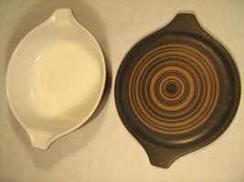 Vintage PYREX 1 Pint Black Bowl w Lid [A2] - $22.33