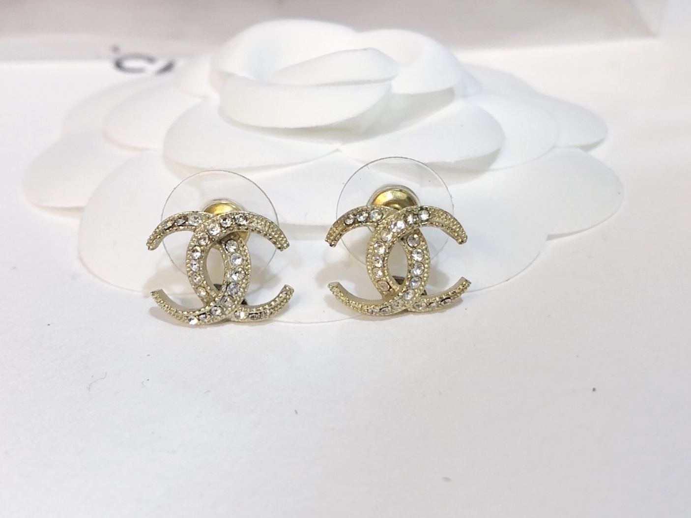 SALE!!! Authentic CHANEL CRESCENT MOON CRYSTAL CC Logo Stud Earrings Gold