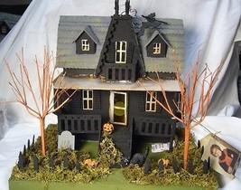 BETHANY LOWE HALLOWEEN HAUNTED HOUSE inc light - $103.99