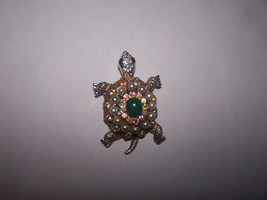 VINTAGE RHINESTONE AND FAUX PEARL GOLD & SILVER TONE TURTLE PIN BROOCH - $13.55