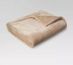 "Threshold™ Super Soft Fuzzy Microplush Brown Linen Bed Blanket Twin 66""x90"" - $19.62"