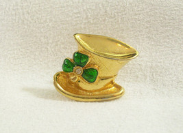 AVON SHAMROCK HAT Green RS Brooch Pin Tac Tack Gold Plate St Patrick Day... - $14.84