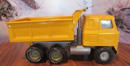 Vintage ERTL Hydraulic Assisted Dump Truck Pressed Steel Yellow - $39.60