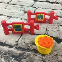 Fisher Price Little People Zoo Seal And Bird Fencing Pieces With Fish Bu... - $9.89