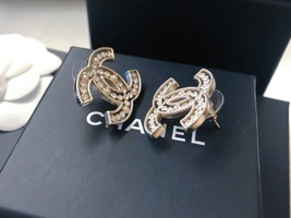 100% AUTH NEW CHANEL 2019 SS XL Large Gold CC Crystal PEARL Stud Earrings image 4