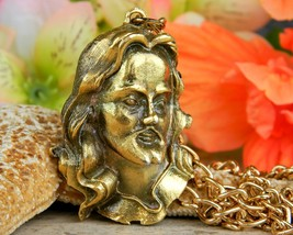 Vintage Jesus Christ Face Head Figural Pendant Chain Necklace Religion - $74.95