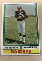1974 Topps Football #490 Fred Biletnikoff Oakland Raiders HOF - $4.95