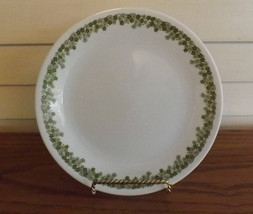 "Corelle 8"" Salad Plates Green Crazy Daisy Vintage Dishware Dishes  - $14.99"