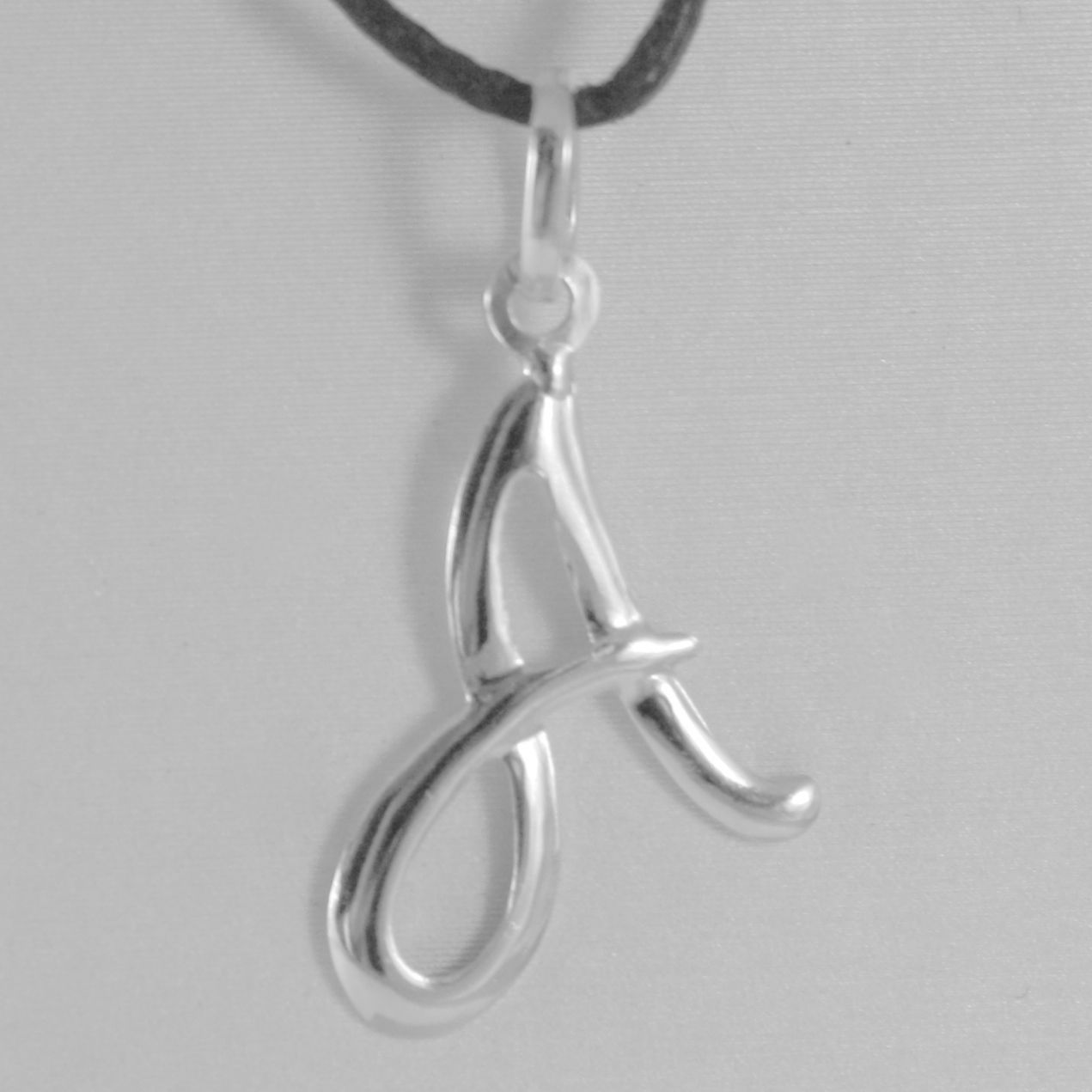 PENDANT SHEET WHITE GOLD 18K WITH LETTER INITIAL AND CORD BLACK WAXED