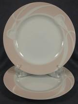 Mikasa Classic Flair Peach LDB01 Dinner Plates Lot of 2 White Calla Lilies - $49.95