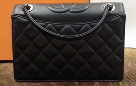BRAND NEW AUTHENTIC CHANEL 2017 BLACK QUILTED LEATHER FLAP BAG   image 5