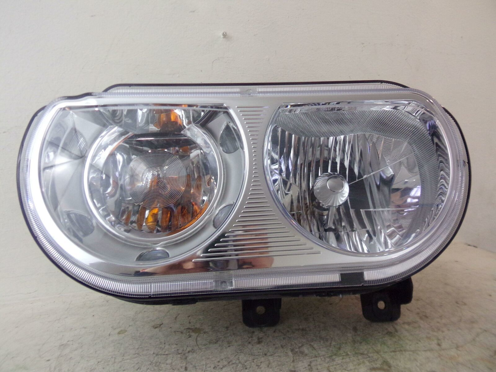 Primary image for 2008 2009 2010 2011 2012 2013 2014 DODGE CHALLENGER DRIVER LH HEADLIGHT OEM 331