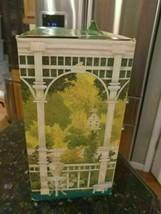 Vintage 1990 Mrs. Albee Avon Presidents Club Award BOX ONLY - $12.65