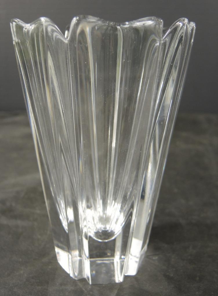 Lars Hellsten Orrefors Swedish Art Glass 5 And 15 Similar Items