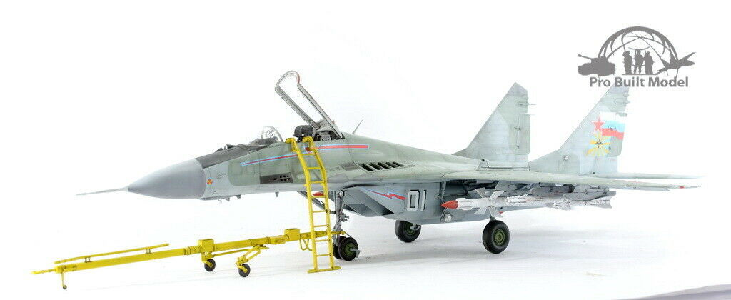 Primary image for Russian Mig-29A Fulcrum /w full weapons 1:32 Pro Built Model
