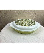 Pyrex Verde Green Olives 1 1/2 Qt Divided Casserole Dish with Lid Excell... - $14.92