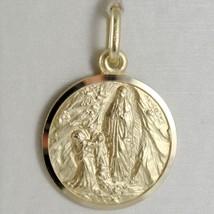 Pendentif Médaille or Jaune 750 18K Notre Dames Lourdes, Madone, Italie Fabriqué image 1