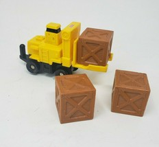 FISHER PRICE GEO TRAX YELLOW FORKLIFT VEHICLE W 3 CRATES REPLACEMENT PAR... - $11.30