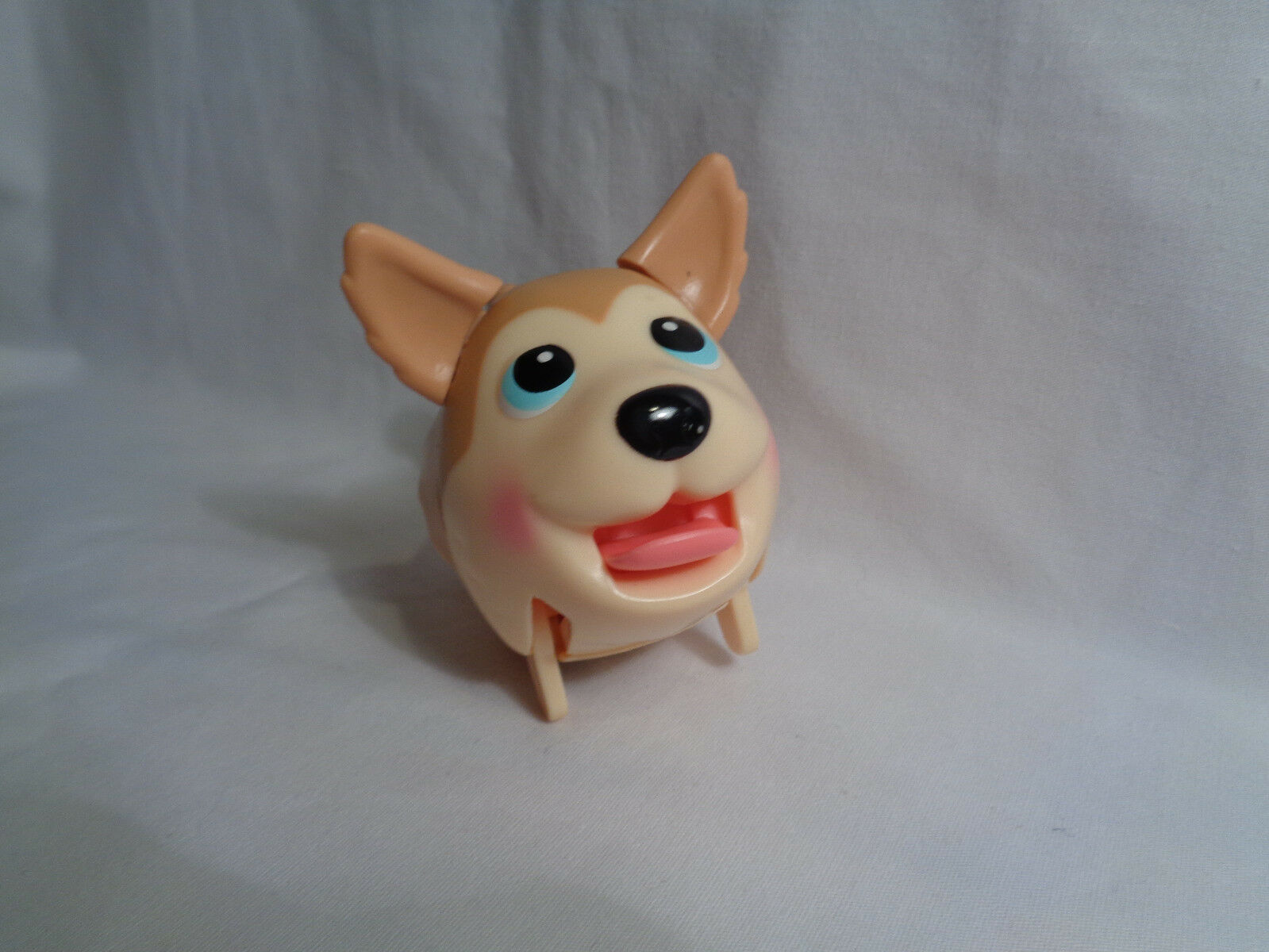Spin Master Chubby Puppies Husky Walking Tan Electronic Dog 3 1/2""