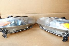 10-11 Honda Insight EX Headlight Lamps Light Set LH & RH image 9