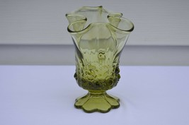 Fenton Rose Colonial Green Handkerchief  Vase #9254 CG - $19.80