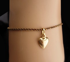 Vintage 14K gold Bracelet - 14kt puffy heart charm - Heart pendant - Swe... - $295.00