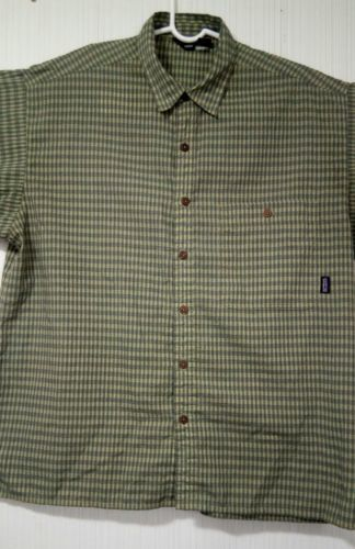 Patagonia Men's Green L short-sleeve button-down checkered Breast Pocket shirt image 9