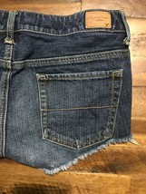 AMERICAN EAGLE Shortie Distressed Cut Off Short Jean Shorts Size 4 EUC - $12.16