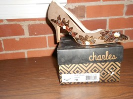 Charles By Charles David Womens Size 7M Sophie Beaded Pumps-New in The Box - $29.03