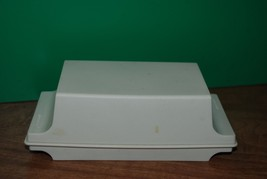 VINTAGE TUPPERWARE TWO STICK BUTTER/CHEESE KEEPER DISH -ALMOND COLOR - $9.95