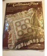 Candlewick Plus Paragon Double Wedding Ring Pillow Kit 0107 14x14 1980s ... - $8.90