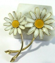 Signed Weiss Double Daisy Flower Pin Large Vintage Enamel - $19.00