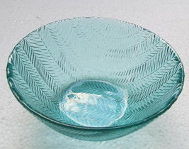 Arcoroc (2) Large Turquoise Blue Color Glass Serving Bowls In The Wheat Design - image 4