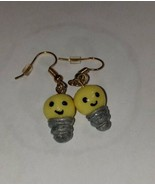 Light bulb Earrings Gold Tone Wire Glow In The Dark Kids Charm Cute Gift - $6.80