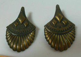 Vintage Signed 1986 J.J. Rare Pierced Earrings - $16.82