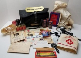 Vintage 1940 LITTLE COUNTRY DOCTOR Play Set Transogram Co. COLLECTIBLE TOY - $57.95