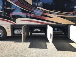 2007 Monaco Camelot 42PDQ For Sale in Tracy, California 95304 image 6