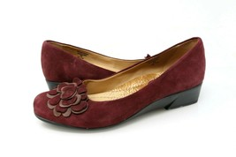 Earth Shoes Brushcherry Womens Size 9B Burgundy Suede Wedge Floral Accent - $22.99