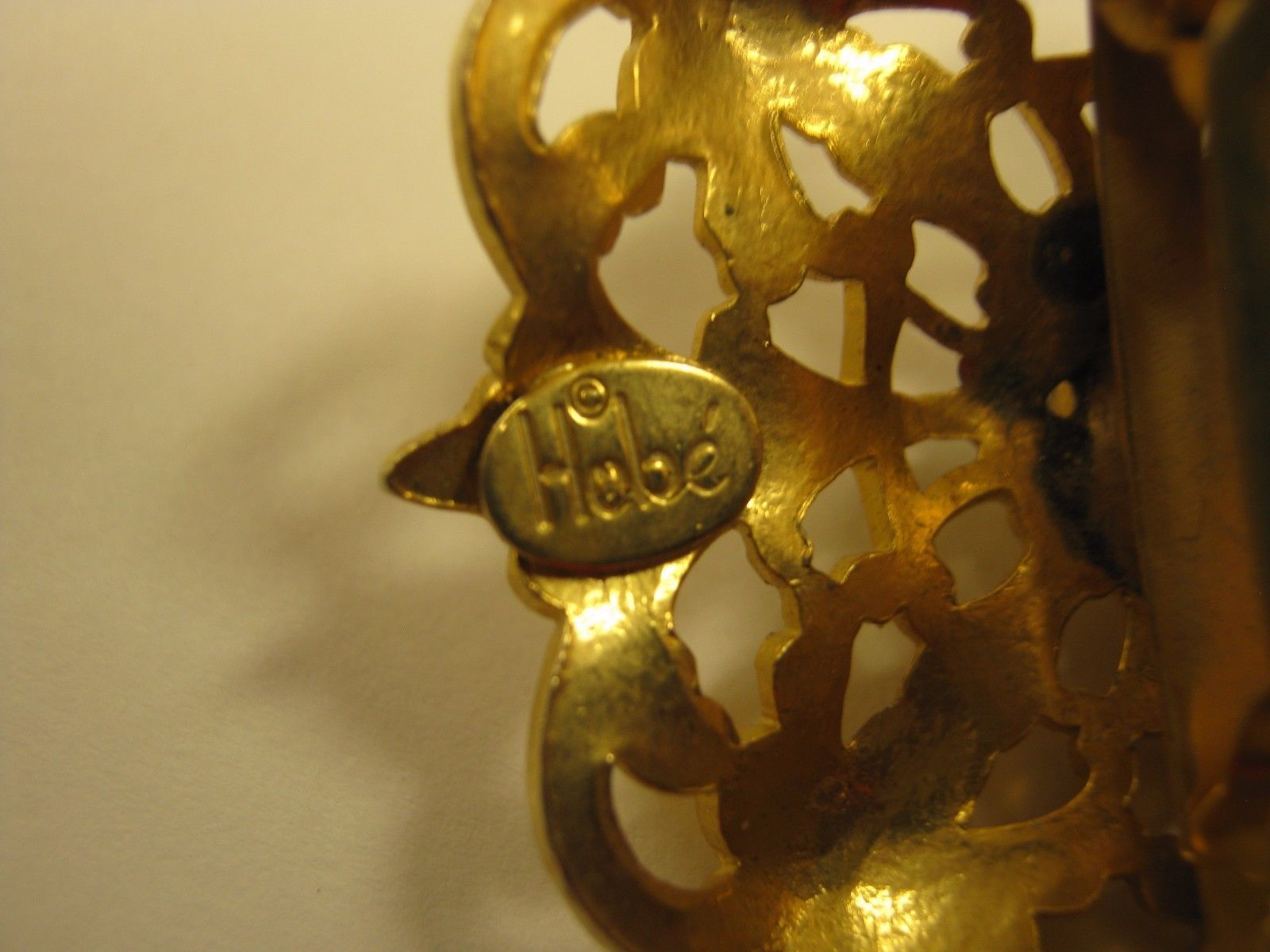 MARKED HOBE GOLD COLOR HAIR CLASP