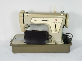 Vintage Singer Sewing Machine Fashion Mate Model 237 With Case and Foot ... - $185.10
