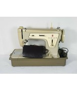 Vintage Singer Sewing Machine Fashion Mate Model 237 With Case and Foot Pedal! - $185.10