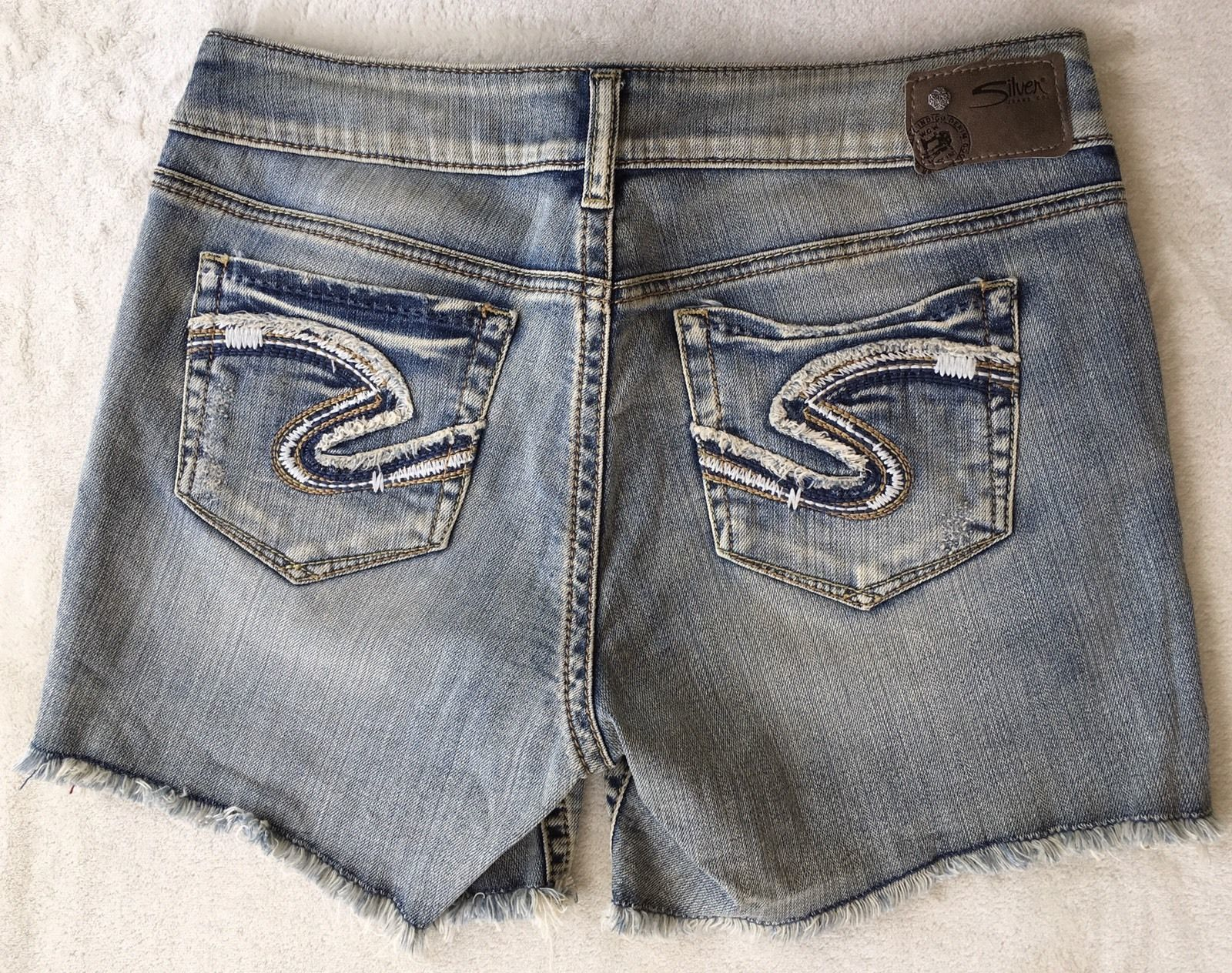 SILVER Jeans Sale Buckle Low November Cut Off Denim Jean Stretch Mid Shorts 28