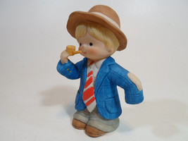 Country Cousins Figurines Enesco Vintage Porcelain Playing Dress up - $9.95