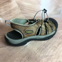 Men's Keens Sz 10 Outdoor Athletic Beach Shoes Water Trail Sandals Hikin... - $40.19