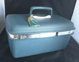 MCM Samsonite Makeup Travel Suitcase Mirror Tray Key Blue JC Penney's As... - $60.78