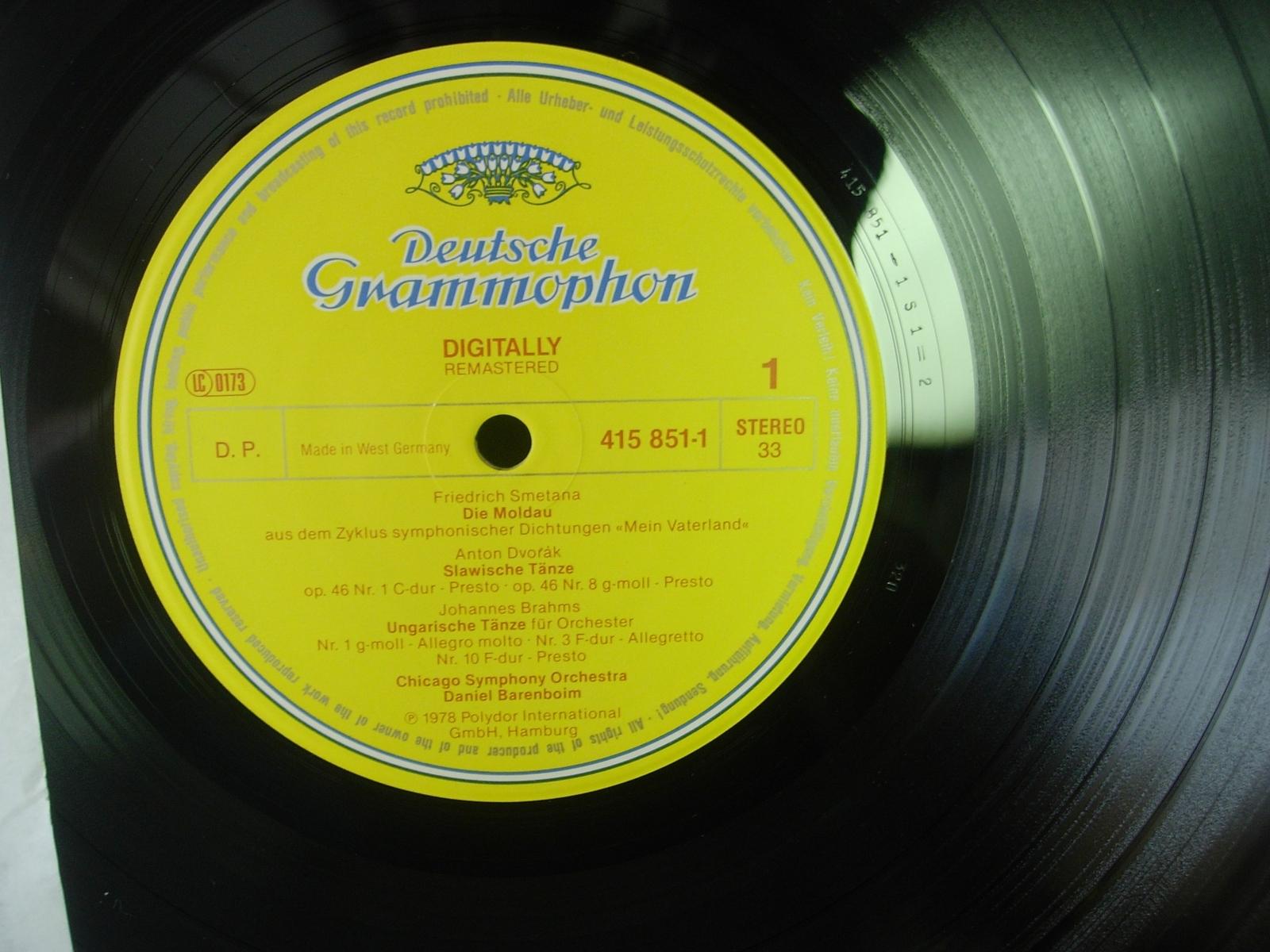 Chicago Symphony - Die Moldau - Daniel Barenboim - Deutsche Grammophon 415 851-1