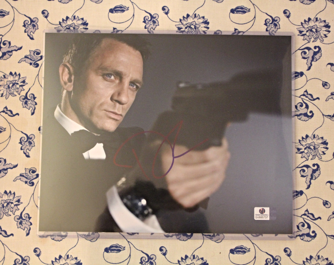Primary image for Daniel Craig Signed Autographed Photo James Bond Movie COA Certified