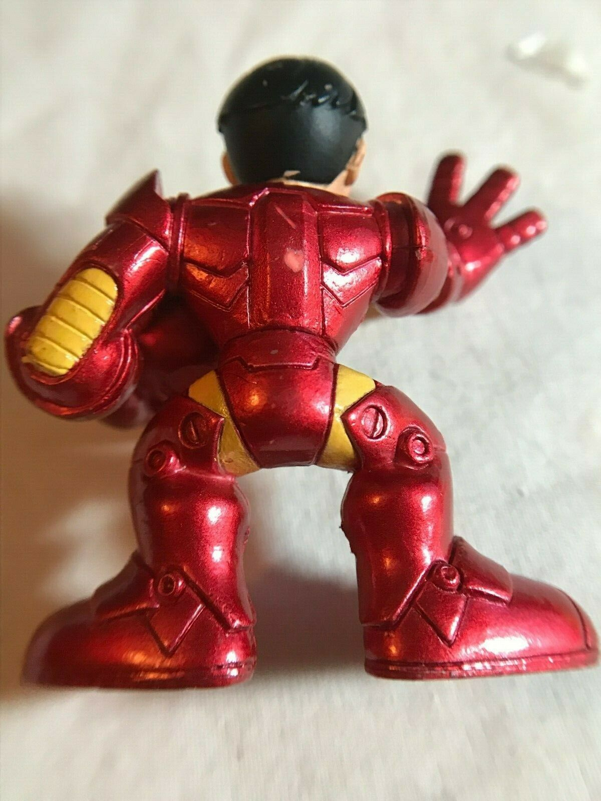 Marvel Super Hero Squad Iron Man Holding Helmet 2008